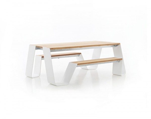 extremis_hopper table